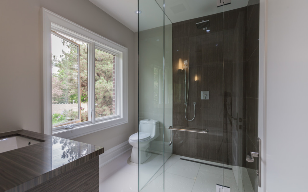 Four Fantastic Reasons to Install a Floor-Level Shower
